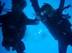 支笏湖で体験ダイビングツアー
