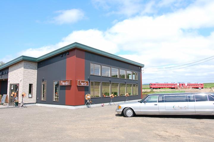 3月に引退した「赤電」の保存展示が岩見沢のファームレストランでスタート!